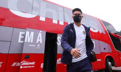 Oribe Peralta; Contrato y salario con Chivas