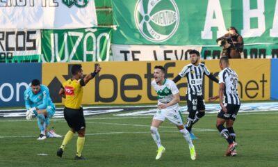 Santos pierde ante la Juventude 3-0 y se acerca a la zona de descenso