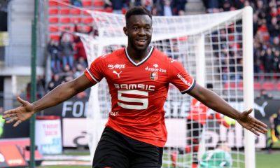 "Sevilla FC despide al francés Gnagnon por ""falta de profesionalidad"""