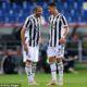 Giorgio Chiellini (izquierda) criticó a Cristiano Ronaldo (derecha) por dejar a la Juventus demasiado tarde en la ventana de transferencia