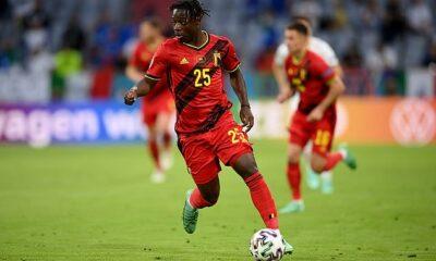 Según los informes, el Liverpool es el equipo 'mejor ubicado' para fichar al extremo belga Jeremy Doku